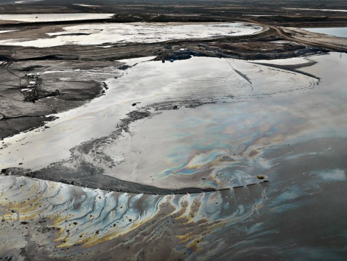 Photograph of a tailing pond in Alberta, Canada