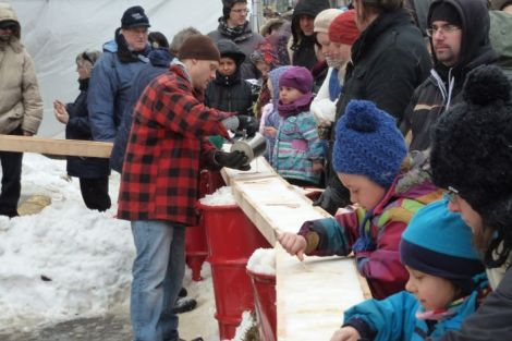 photo of maple syrup street party in Verdun by Neath Turcot