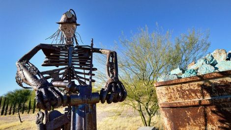 photograph of Mammoth Miners Memorial, Mammoth, Arizona by bongolnc