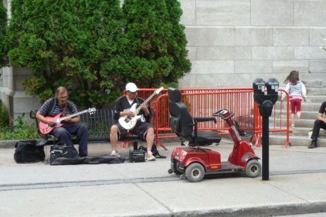 Musicians, street, Verdun, Neath Turcot